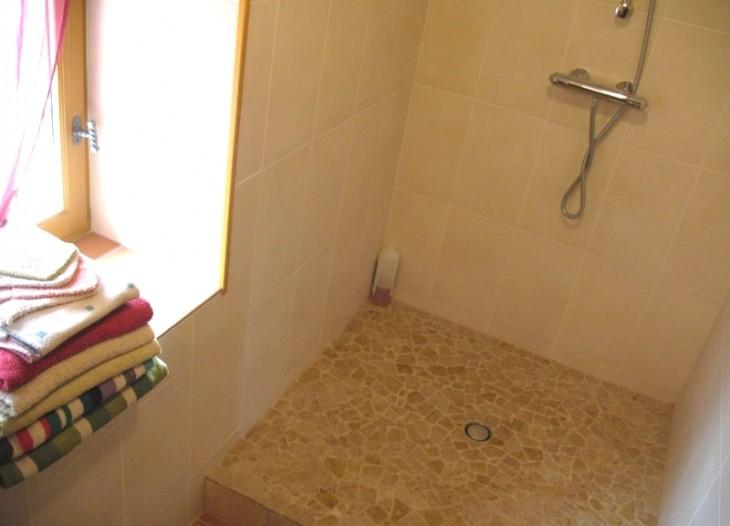 Douche dans la suite Horizon